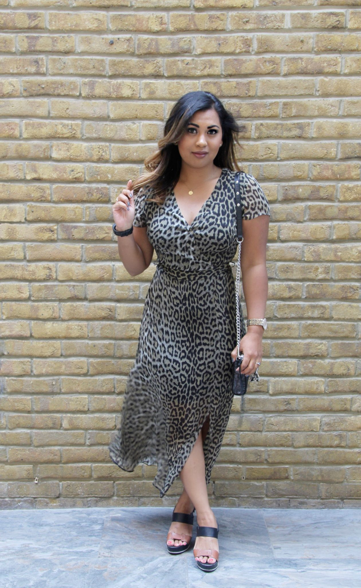My Wardrobe : Backless Leopard Dress
