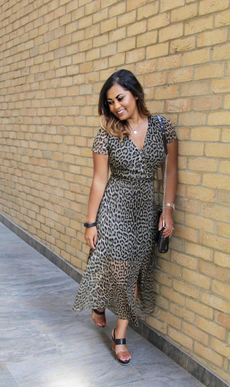 backless-leopard-dress3
