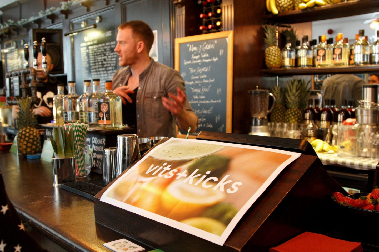 Vits+Kicks – Green Juice Cocktail – London Pop-up Bar